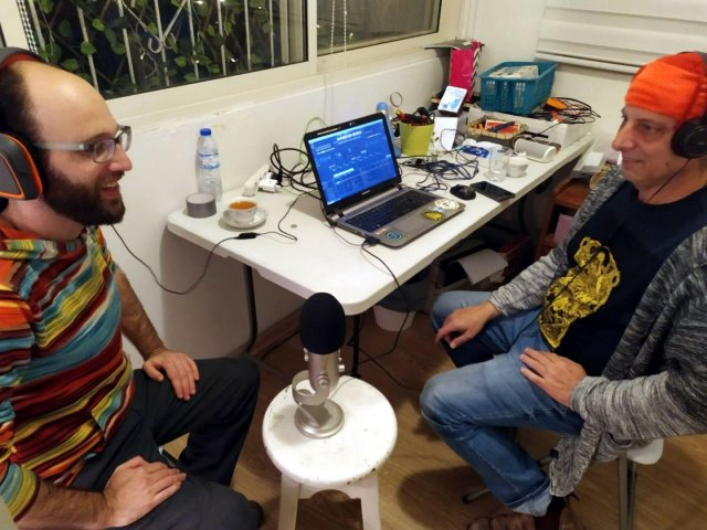 DJ Go-Love-Plantularity (left) at Radio Stalin